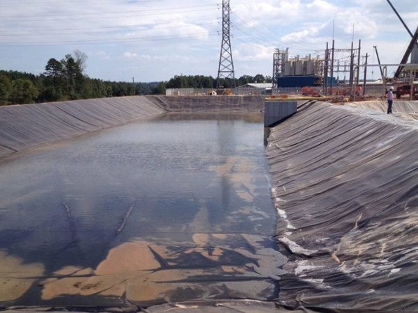 horsehead impoundment liner