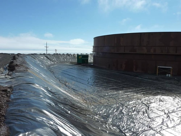 chemical resistant geomembrane
