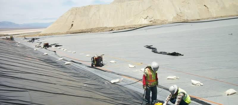 Installing a Geomembrane