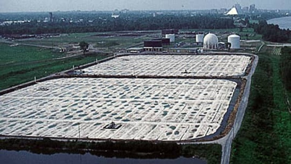 world's largest floating cover
